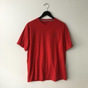 Under Armour Active Tee Shirt Heat Gear Gym Red L